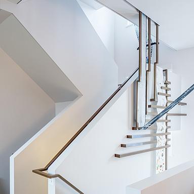 bespoke-steel-handrail-thumb