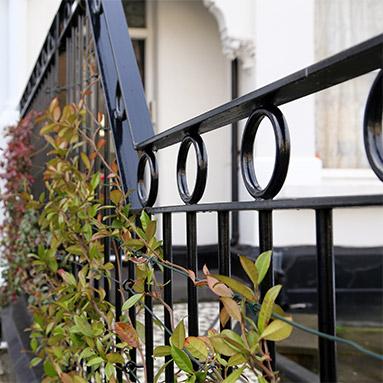 london-railings-thumb