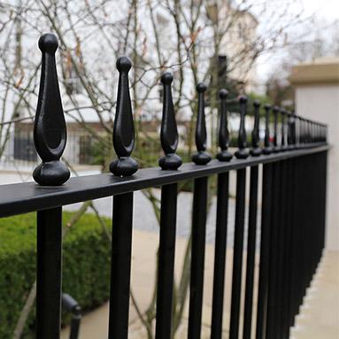 metal-rails-thumb