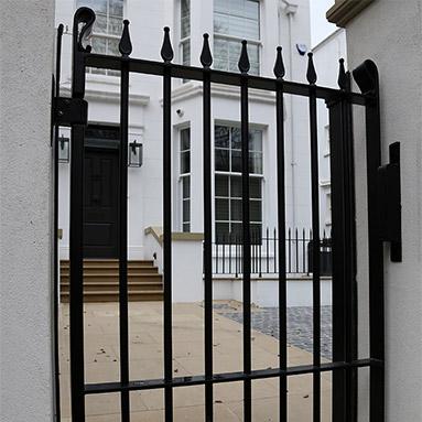 pedestrian-gate-thumb