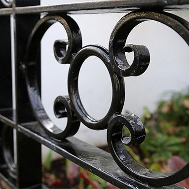 welded-railings-gate-thumb